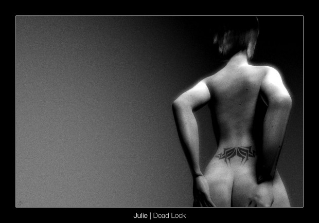 Julie - Deadlock (Click to enlarge)